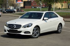 Mercedes E class w 212 2016 with driver. Wedding car hire in Kharkiv.  Autorent