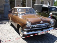 GAZ 21 Volga brown. Classic car hire with a driver in Kharkiv