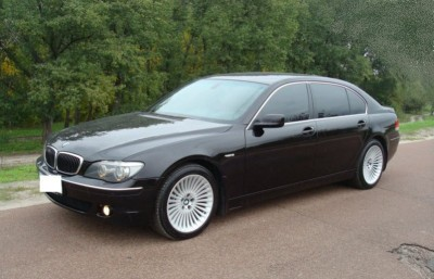 BMW 7 with driver. Car hire in Kharkiv.